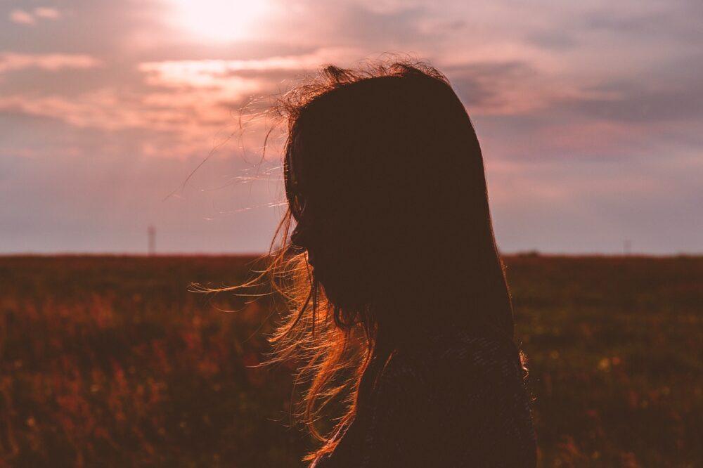 別被情緒帶著走,五個小秘訣帶你管理情緒